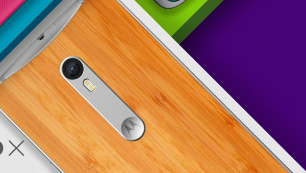 Motorola-Moto-X-Style-wood